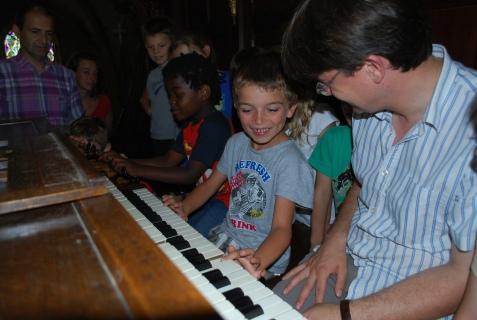 Scolaires à l'orgue de l'église Saint-Jacques de Bergerac